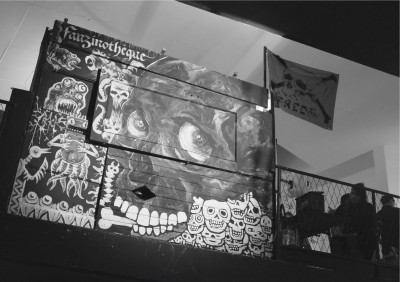 PHOTO-VERNISSAGE-FRED-CRACK-FANZINO-2014